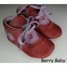 19-es: Berry Baby Piros szíves puha talpú bőr kocsicipő, szobacipő
