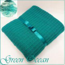 Berry Baby Kötött babatakaró: Green Ocean SZALAGGAL -krém polár hátoldallal