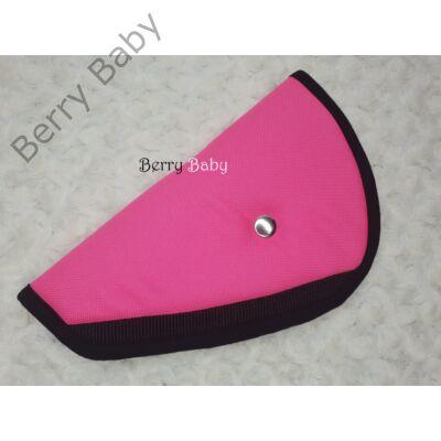 Biztonsági öv elterelő- öv elvezető gyerekeknek a Berry Baby-től: pink