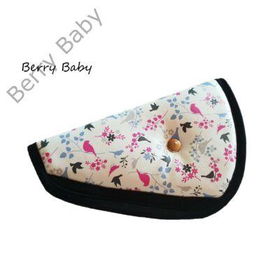 Biztonsági öv elterelő- öv elvezető gyerekeknek a Berry Baby-től: pink madaras BŐR