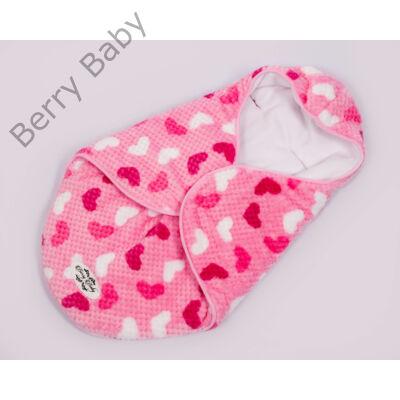 Berry Baby Lovely bundazsák hordozóba: rózsaszín szíves