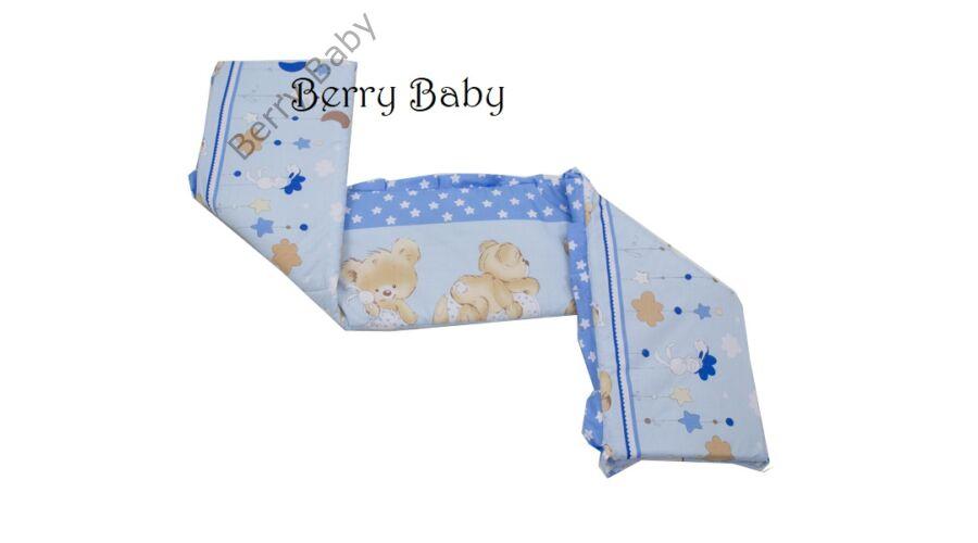 A fotón körbe fejvédővel látható az ágynemű szett! AKCIÓS  Kék macis  babaágynemű szett (bővíthető) · AKCIÓS  Kék macis babaágynemű szett  (bővíthető) 5bb6f31989