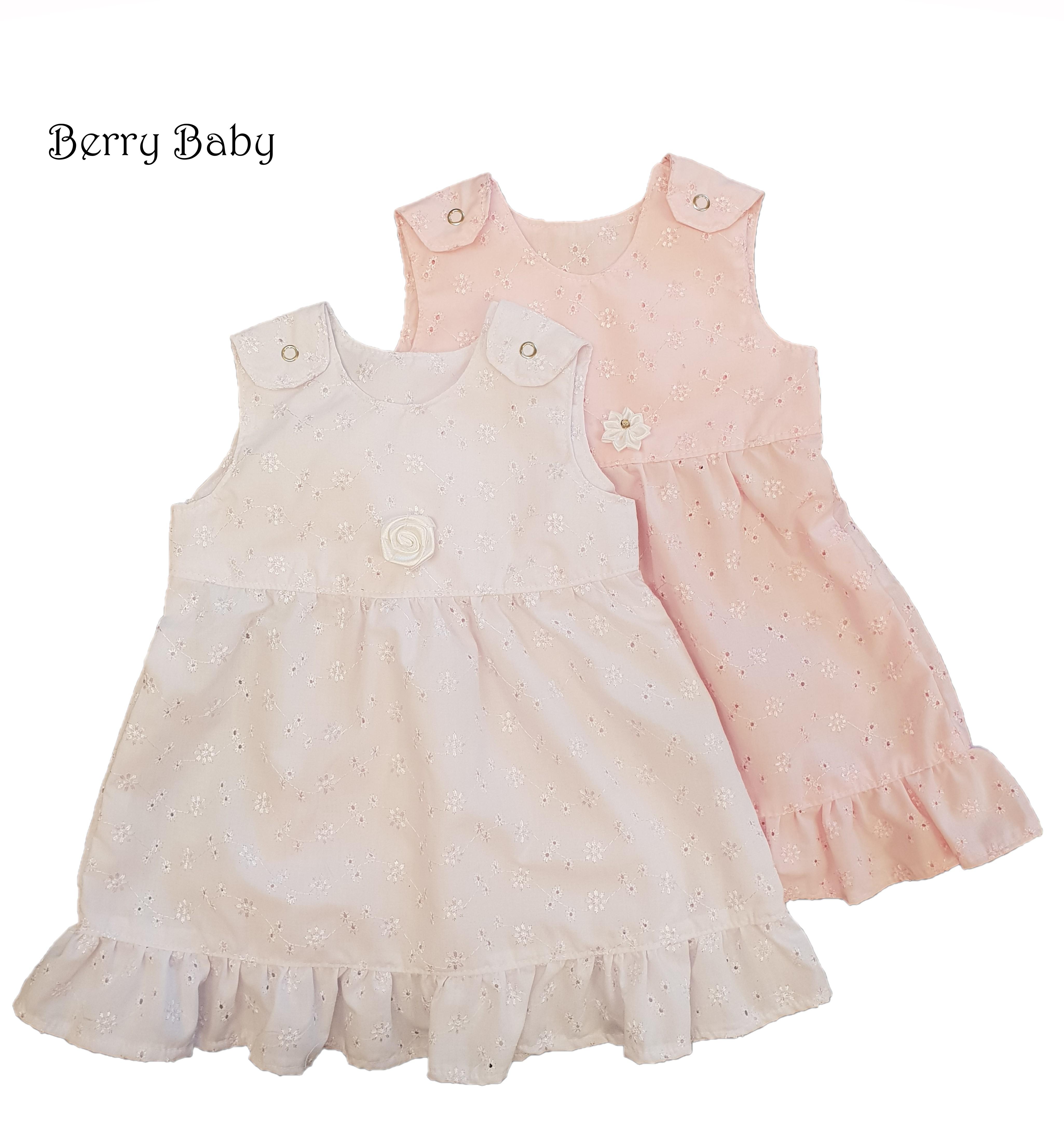 Madeirás keresztelő kisruha (fehér vagy rózsaszín színben) - Baba  keresztelő ruhák és kiegészítők- LÁNYKA 2ba6aa1ea7